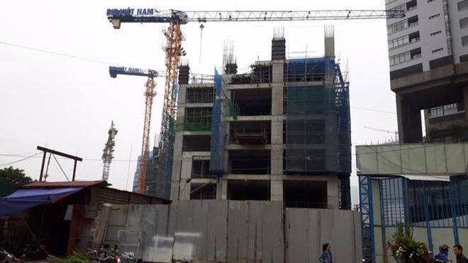 """Dự án Garden Hill: """"Ngang nhiên"""" xây dựng không phép!"""