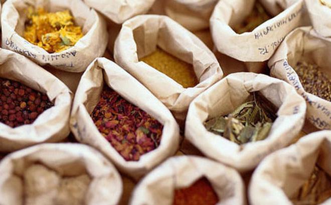 Nguyên phụ liệu dược phẩm được nhập nhiều từ thị trường Trung Quốc