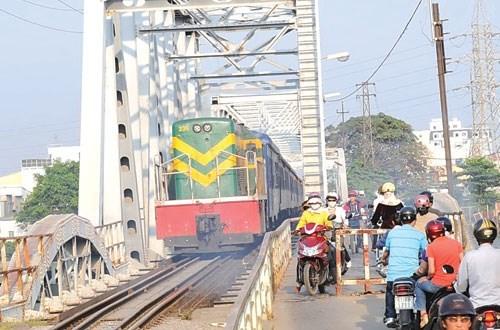 Đường sắt kích cầu cho du lịch miền Trung - ảnh 1