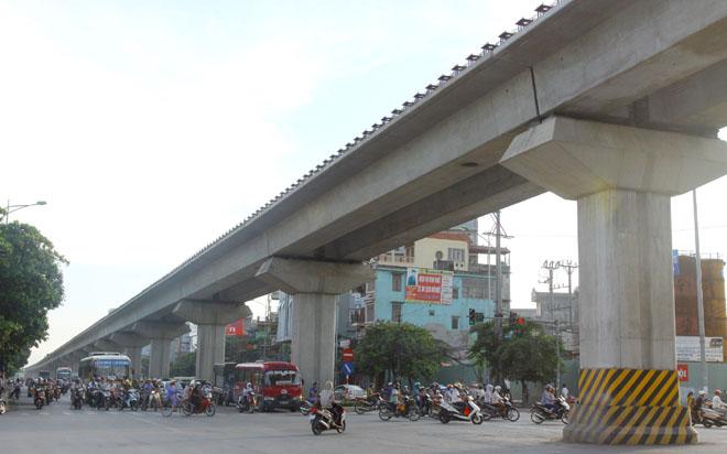 """Đường sắt trên cao Cát Linh - Hà Đông lại """"giật lùi"""" tiến độ"""