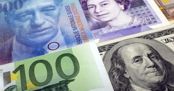 Liệu sẽ có một cuộc chiến tranh tiền tệ giữa Eurozone và Mỹ?