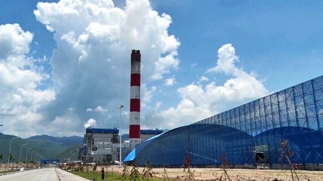 Một nửa hệ thống điện vẫn phụ thuộc nhiệt điện than