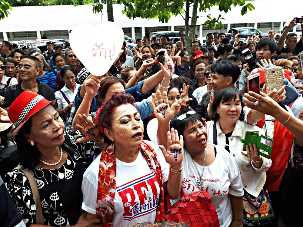 Gạo bà Yingluck mua bị đem làm phân bón, thức ăn gia súc? - ảnh 1