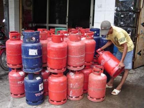 TPHCM: Từ hôm nay 1/9, giá gas giảm 12.000 đồng/bình