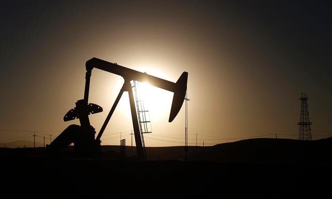Giá dầu sắp xuống 25 USD/thùng, thay đổi trật tự thế giới?