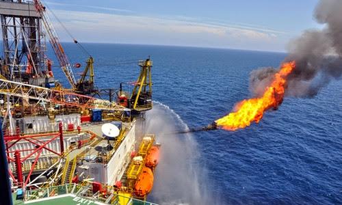 Biến động giá dầu, nhân dân tệ thách thức mục tiêu kinh tế 2016