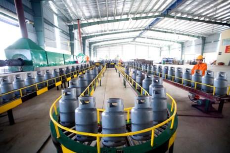 gia gas thang 5 giam mang den 22.500 dong/binh 12kg