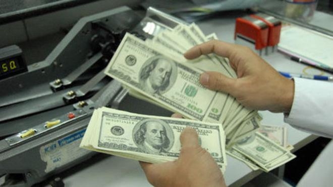 Không giữ USD: Có qua, phải có lại