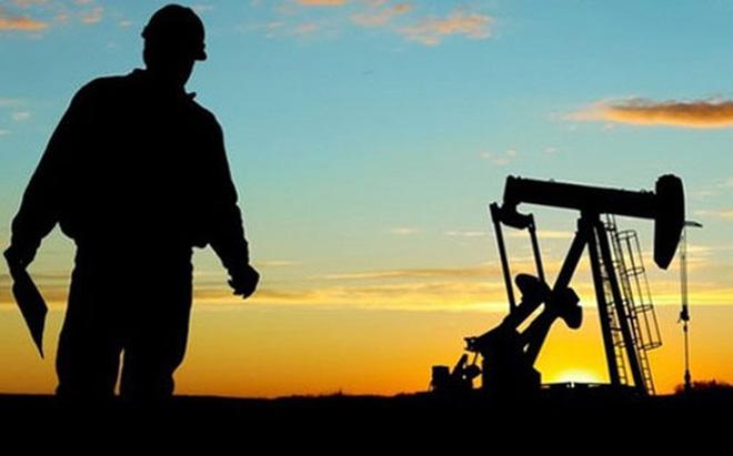 """""""Giải mã"""" nguyên nhân giá dầu tăng mạnh"""