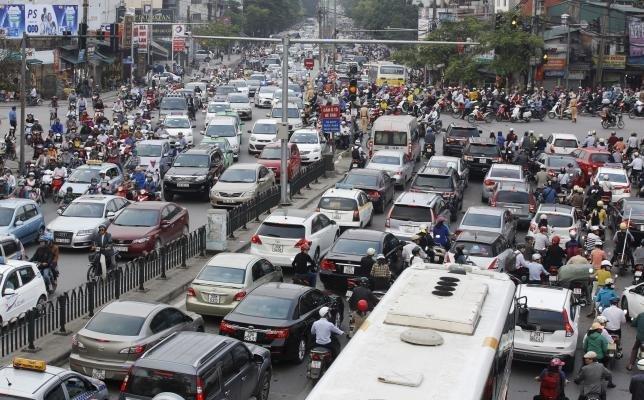 Tốc độ chạy xe trong khu đông dân cư thêm 10km/ giờ