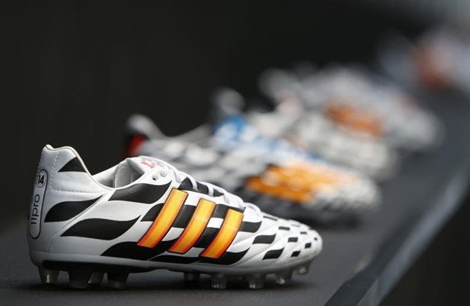 giay adidas - anh: afp