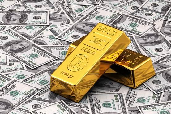 Năm 2019: Nên đầu tư vàng hay USD?