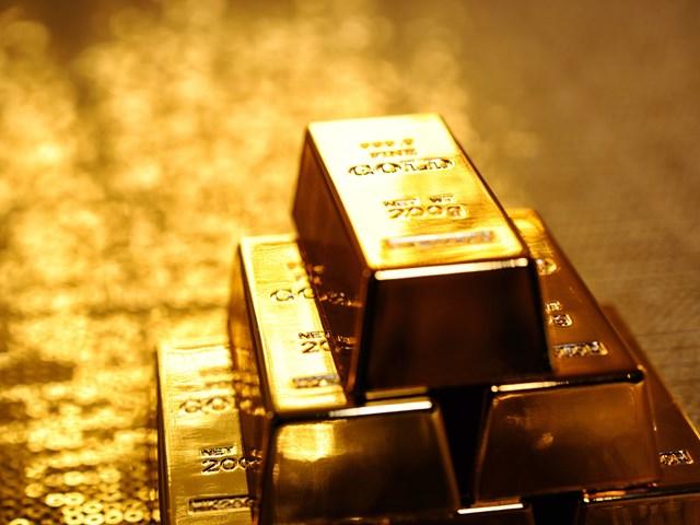Thị trường thế giới: Giá vàng giảm tiếp hơn 1%