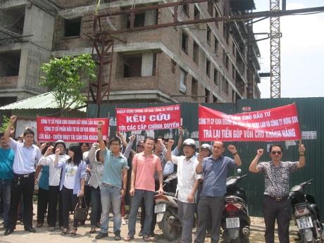 """Hà Nội: Cảnh báo đặc biệt loạt chung cư """"đội sổ"""" về tiến độ"""