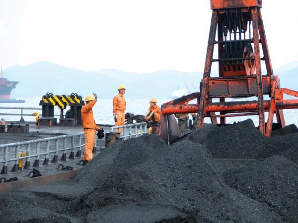 Đề nghị xuất 2,05 triệu tấn than chất lượng cao mỗi năm giai đoạn 2016 - 2020