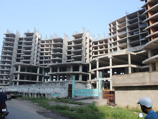 """Hàng trăm dự án bất động sản TP HCM vẫn """"chết lâm sàng"""""""