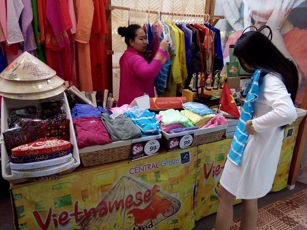 Hàng Việt rục rịch cạnh tranh hàng Thái trên… đất Thái