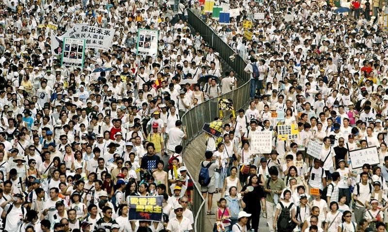 Chùm ảnh đặc tả sự thay đổi của Hong Kong sau 20 năm trở về với Trung Quốc