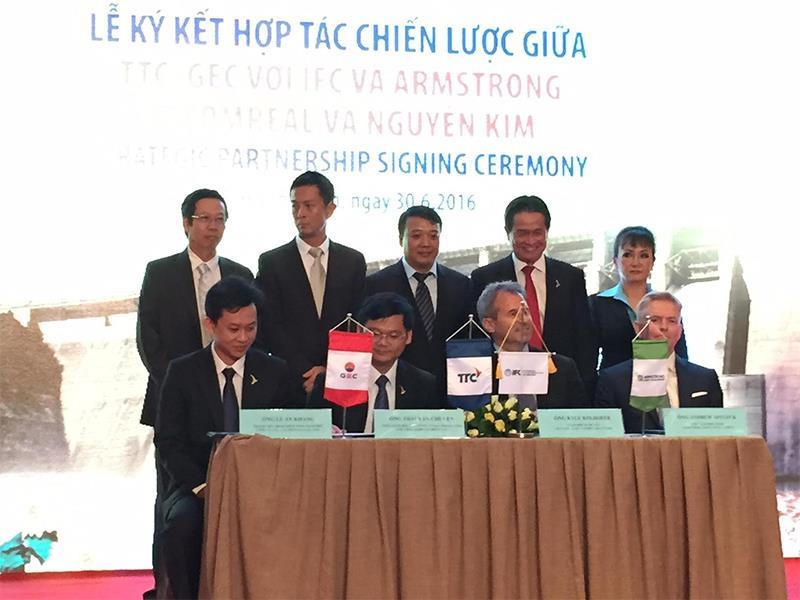 IFC và Armstrong hợp tác với Tập đoàn TTC triển khai dự án năng lượng tại Việt Nam