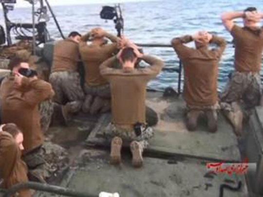 Iran sẵn sàng phóng tên lửa vào tàu sân bay Mỹ
