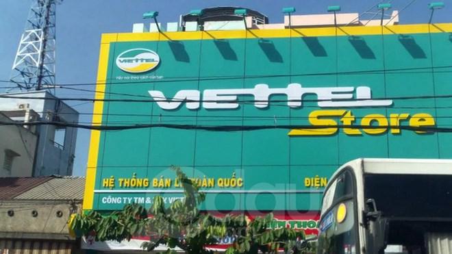 """Viettel Store: Người tí hon đội lốt """"ông lớn"""" trong cuộc chơi bán lẻ di động"""