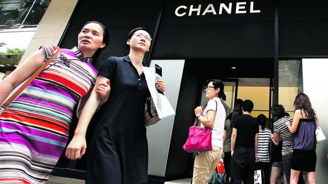 Du khách - vũ khí chiến tranh kinh tế mới của Bắc Kinh