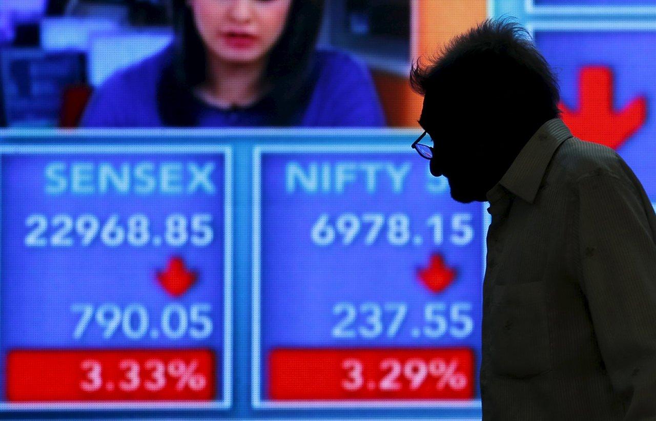 Đầu năm Bính Thân, lởn vởn bóng ma khủng hoảng tài chính