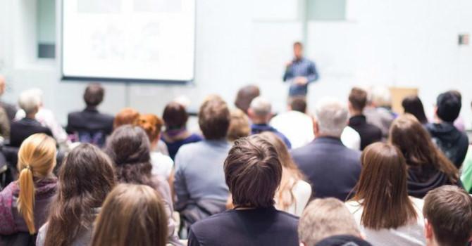 5 bài học kinh doanh mà tấm bằng kinh tế không dạy bạn