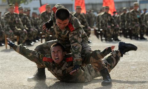 4 lý do khiến Trung Quốc kìm hãm tăng chi tiêu quân sự