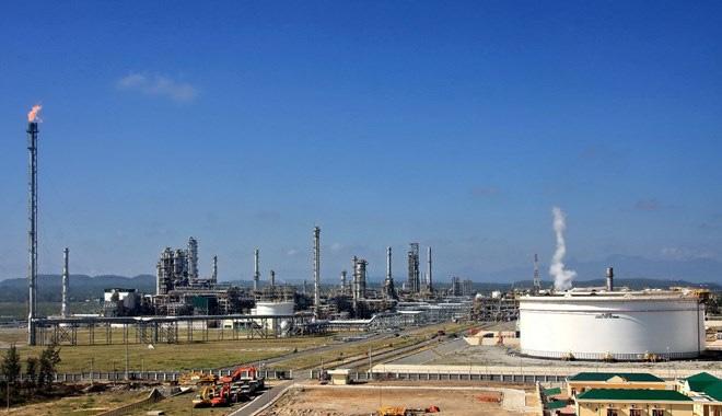 Vì sao Gazprom Neft ngừng mua 49% cổ phần Lọc dầu Dung Quất?