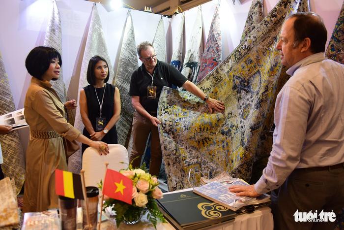 Hàng trăm thương hiệu châu Âu 'đổ bộ' Việt Nam