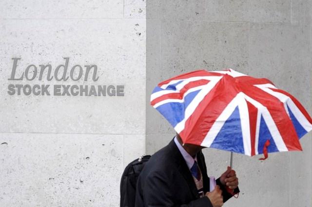 Brexit: Cơ hội thừa nước đục béo bở cho nhà đầu tư thả câu