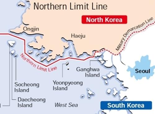 duong nll (mau do lien) tren vung bien giua trieu tien va han quoc. do hoa:koreantimes