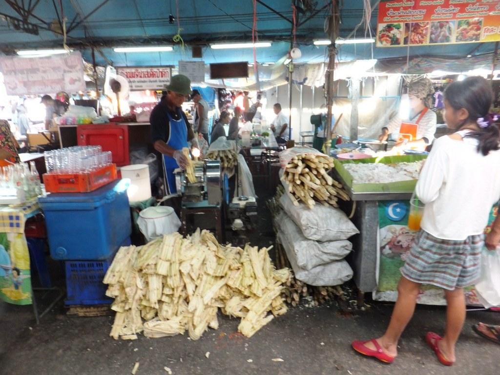 Mía Thái Lan mất mùa, giá đường tiếp tục tăng