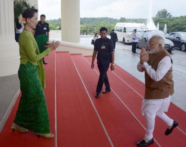 Ấn Độ tích cực hướng Đông đối phó 'Vành đai, con đường' Trung Quốc