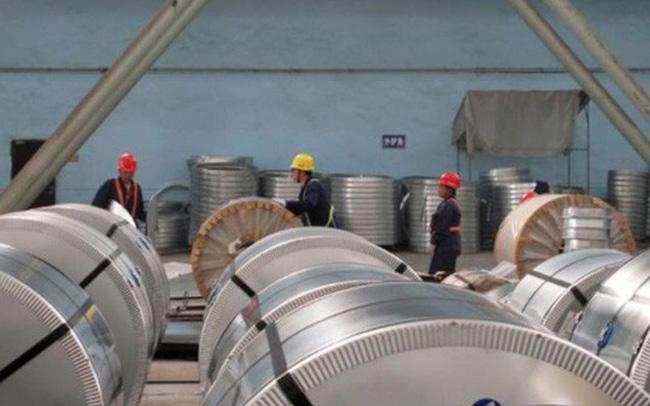 Việt Nam giảm mạnh nhập thép từ Trung Quốc