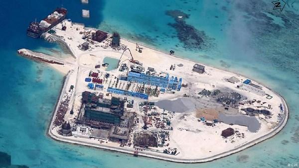 Mỹ, EU đề nghị Trung Quốc tôn trọng phán quyết về Biển Đông