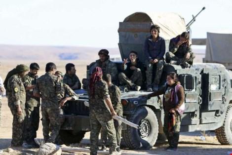 luc luong syria dan chu nguoi kurd tai syria (anh: reuters)