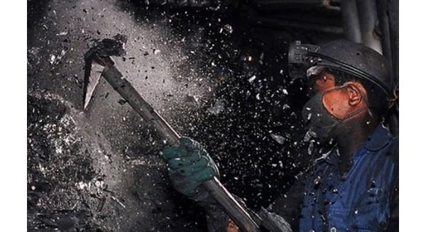Ngành than sa thải hơn 5.000 lao động trong năm 2015