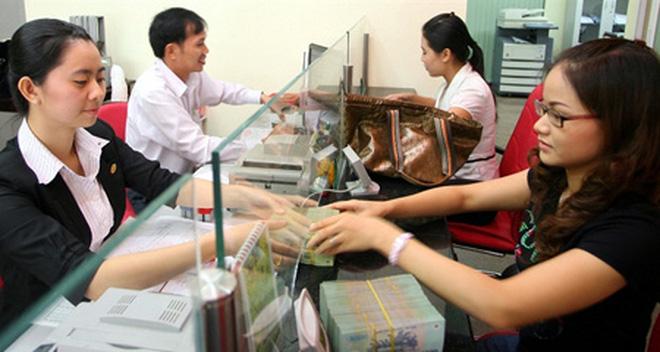 Hạ lãi suất: Đừng nên trông chờ ngân hàng thương mại