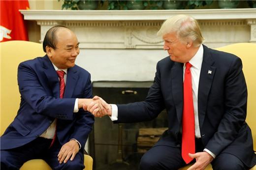 Tin tức tình hình Biển Đông 10-06-2017: Việt Nam không ngả sang Trung Quốc và Mỹ không bỏ Biển Đông