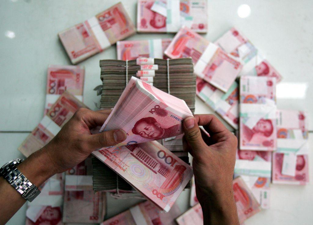 Nhân dân tệ mạnh lên, Việt Nam lợi nhiều hơn thiệt?
