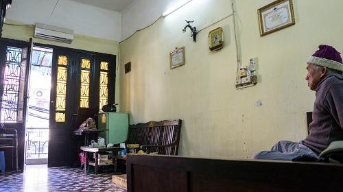 Nhịp sống chậm rãi trong những ngôi nhà cổ Hà Nội