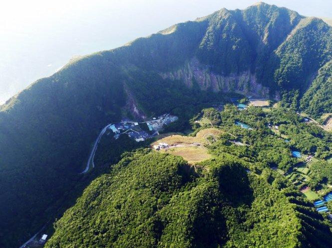 Trải nghiệm đảo núi lửa ở Aogashima