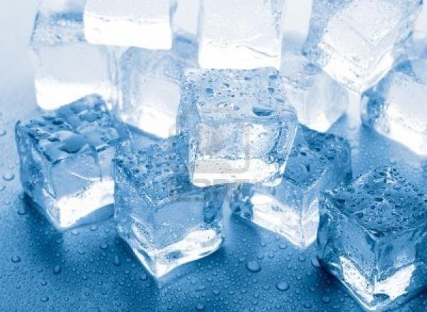 Nước đá tinh khiết Toàn Thắng - mát- lành - tiện lợi