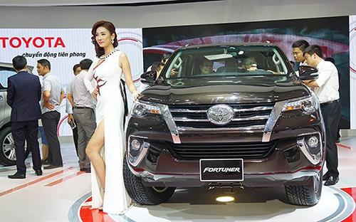 Ôtô nhập khẩu Thái Lan: 'Cô đơn' trên đỉnh