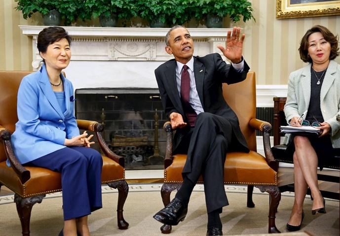 tong thong obama thuc giuc han quoc len tieng ve tranh chap o bien dong - anh: reuters