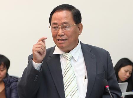 Chủ tịch Hiệp hội vận tải: 'Phải thấy nhục nếu không giảm giá cước'