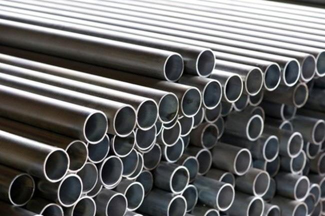 Canada điều tra chống bán phá giá ống thép hàn các bon nhập khẩu