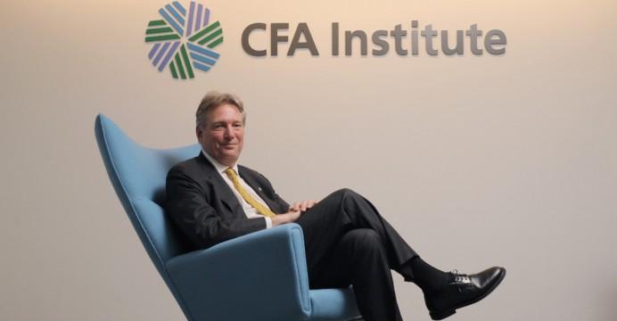 Sử dụng nguồn nhân lực CFA phát triển hệ thống tài chính Việt Nam